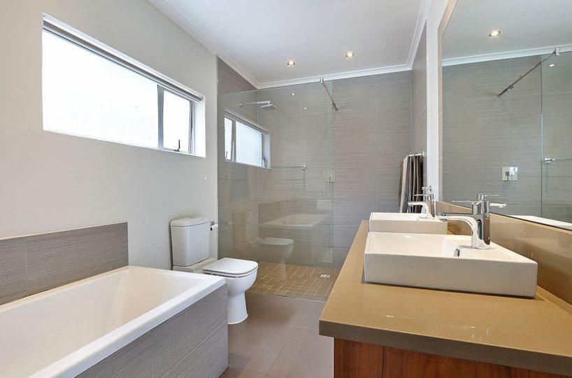Constantia Six Bedroom Self Catering Home