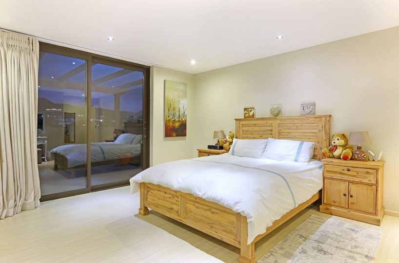 Four Bedroom Self Catering Accommodation Noordhoek