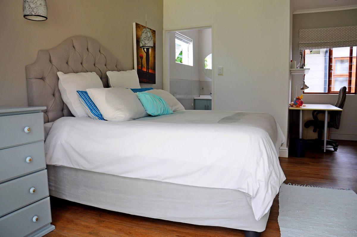 Tokai Four Bedroom Large Holiday Accommodation