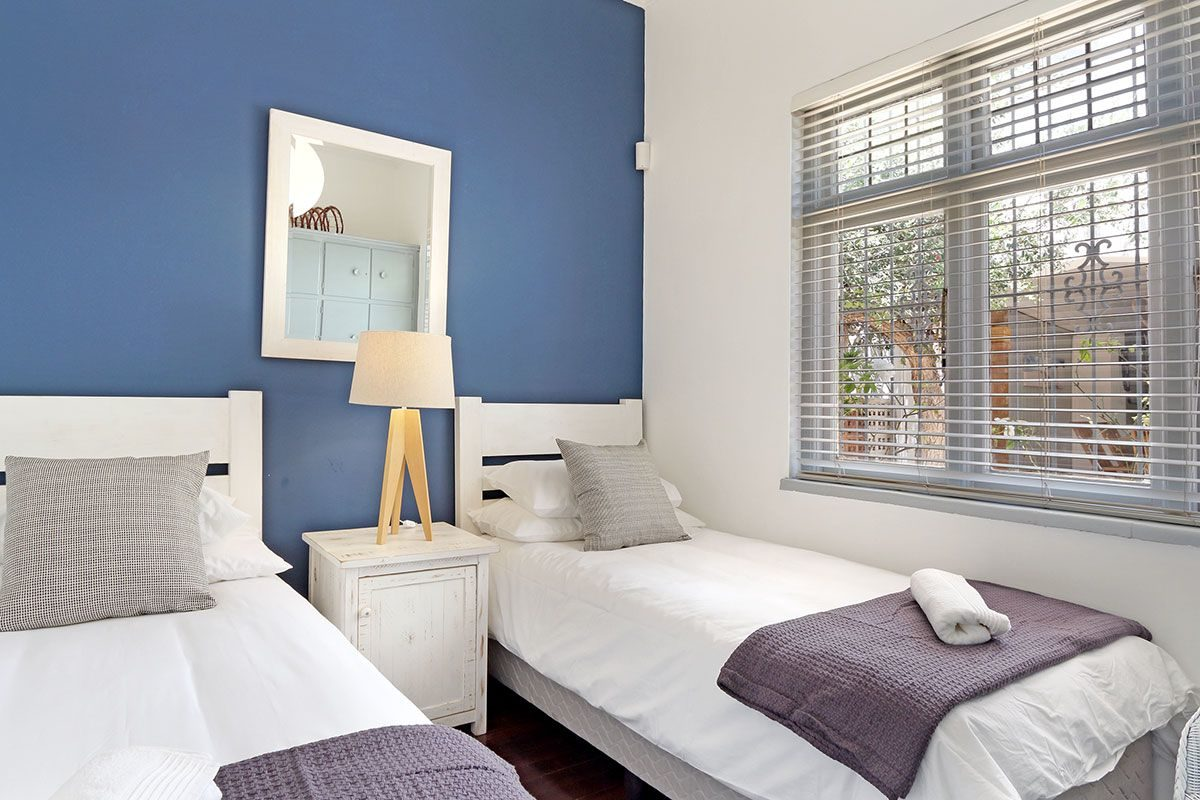 Sea Point Three Bedroom Self Catering Holiday Home