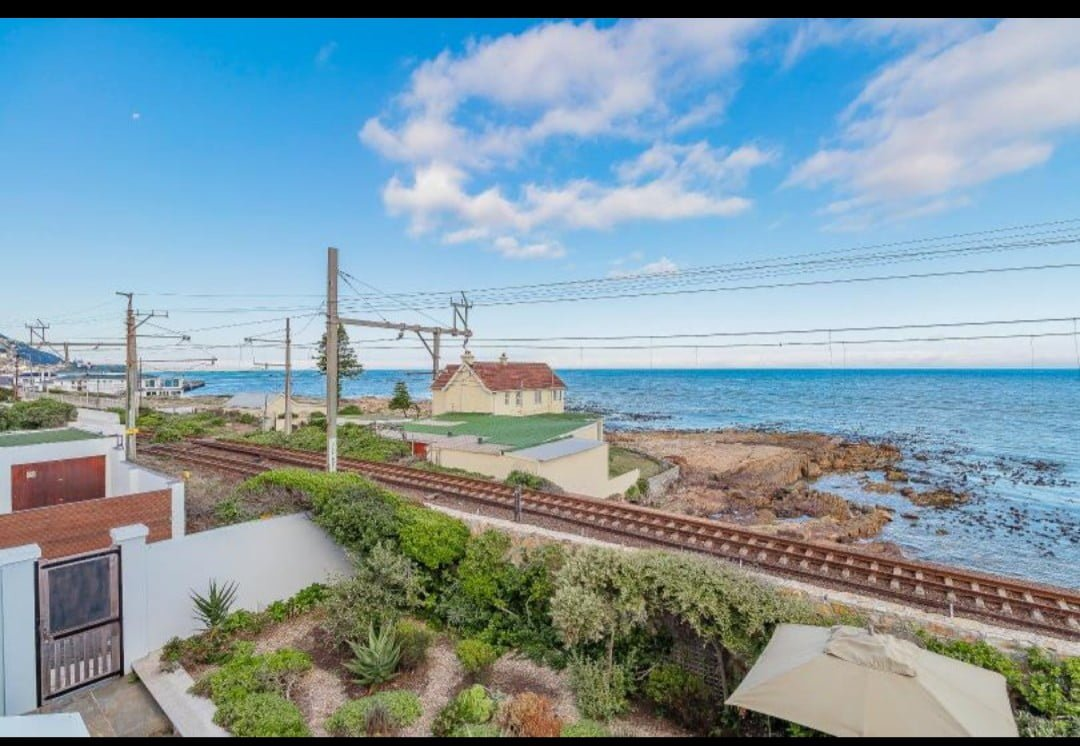 Airbnb kalk Bay six bedroom home for sale